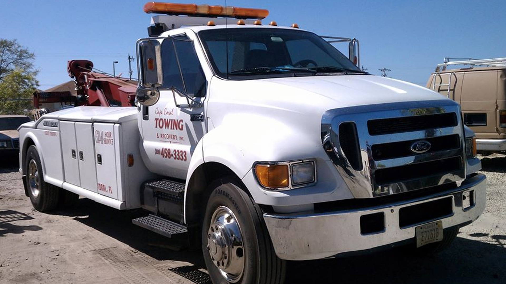 You are currently viewing Towing Fort Myers | Emergency Towing Services