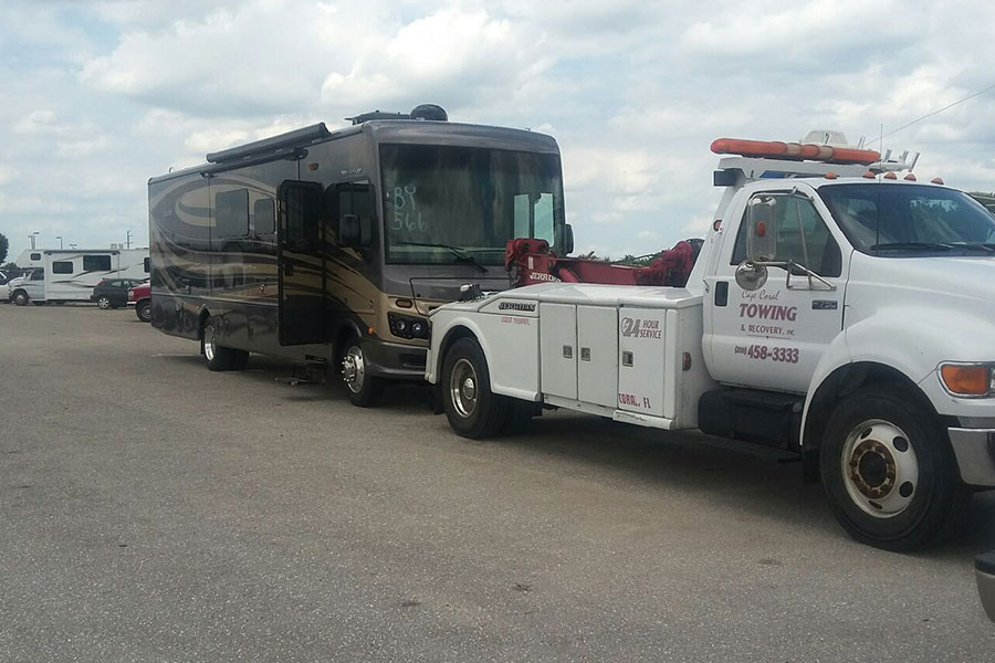 Emergency-Towing-Services-804